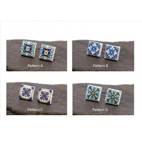 Square stud earrings with tile pattern