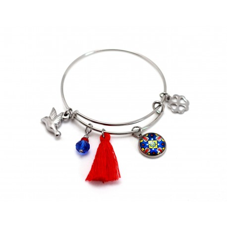 Bangle bracelet with pendants
