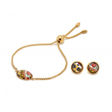 Set earrings and bangle bracelet with pendants